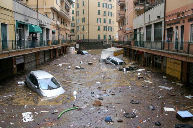 assicurazione a calamità e dimissioni governo monti