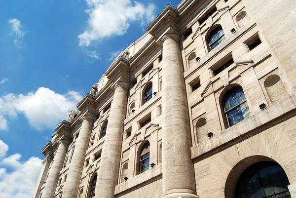 b4a2e1a3a6 L'indice FTSE MIB riflette davvero il mercato italiano? Scopriamo la sua  composizione e mettiamolo a confronto con un altro indice di Borsa: il FTSE  STAR.